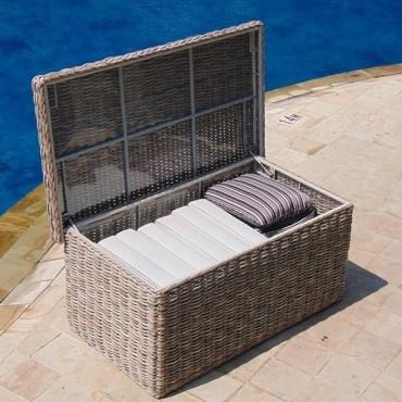 Fiji Cushion Box