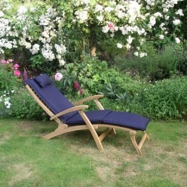 Steamer outdoor cushion - navy blue