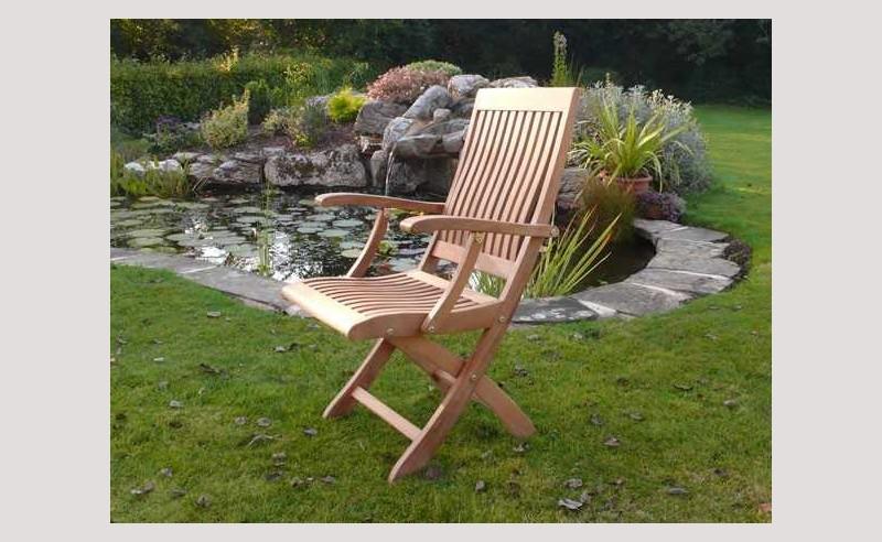 Balmoral FSC Certified folding armchair